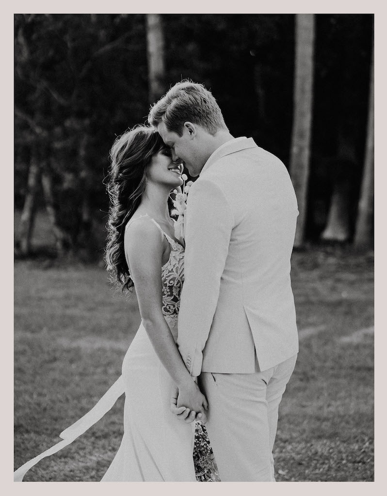 Doe + Deer Wedding Photography Pricing Guide_0004_Pg 4.1 - Full page image